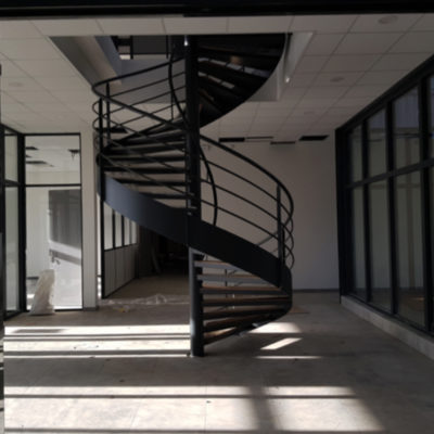 bureau-escalier-colimaçon-intérieur